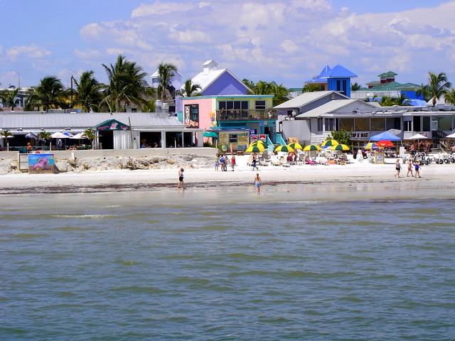 Fort Myers Beach Vacation - Island Coast Transportation